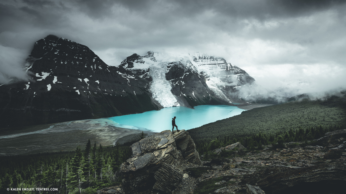 Berg-Lake_Kalen-Emsley