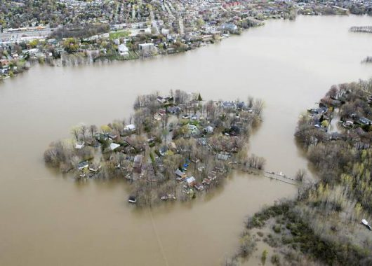 Ile Mercier covered in floodwater