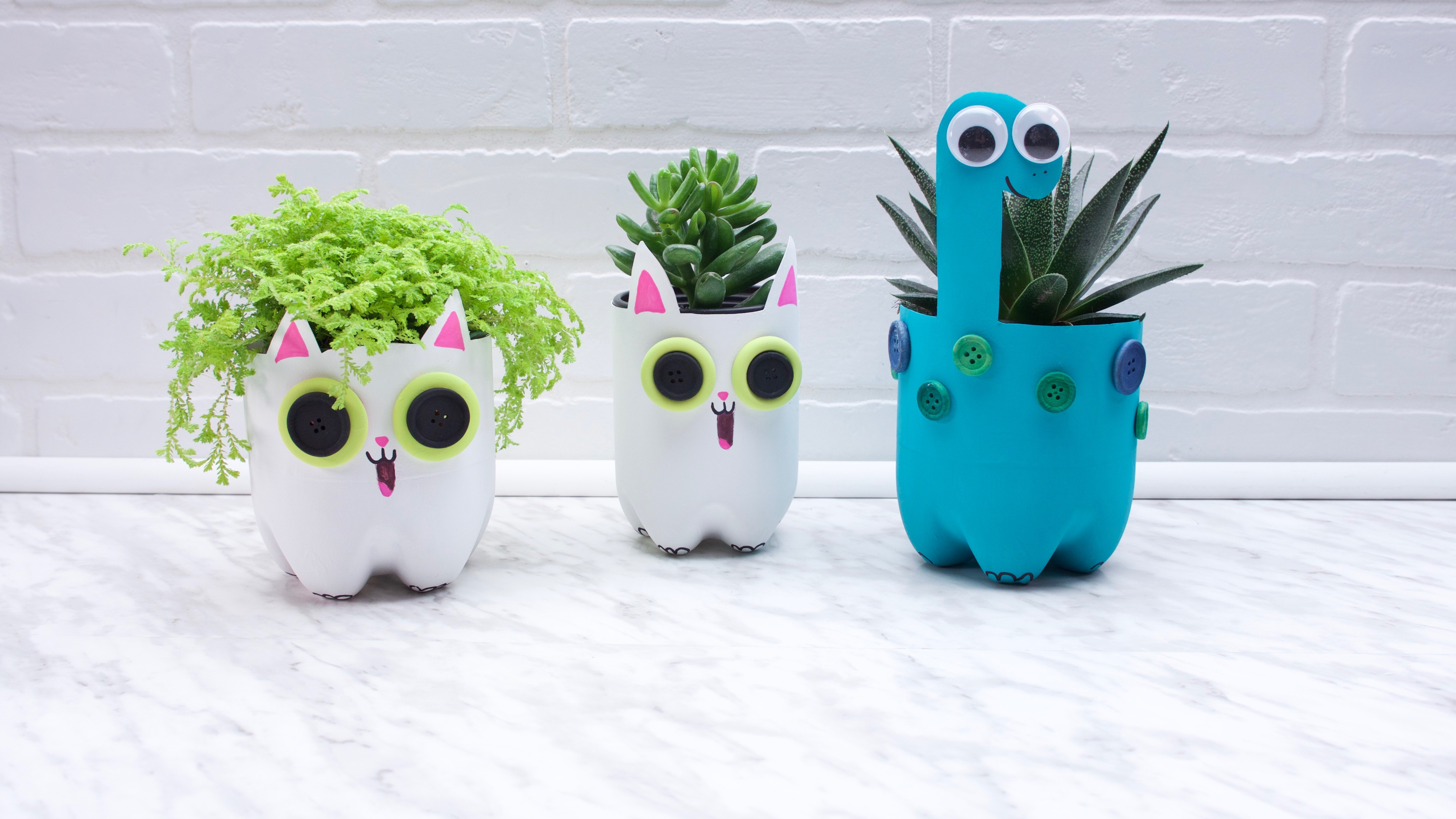 How to Make Super Simple Plastic Bottle Planters