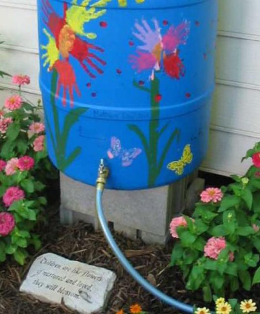 Hand Painting @ https://www.diynetwork.com/how-to/outdoors/structures/rainbarrel-tips