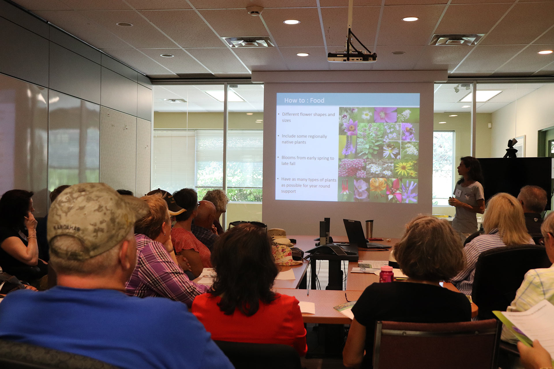CWF presenting to a group on wildlife-friendly gardening.