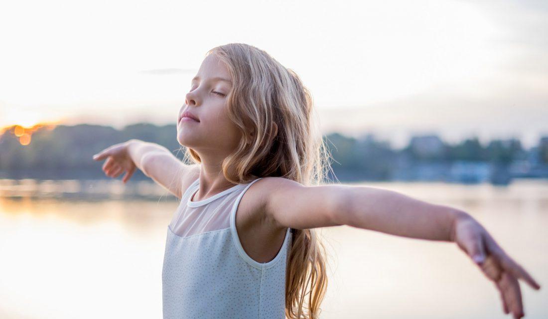 girl outside inspire